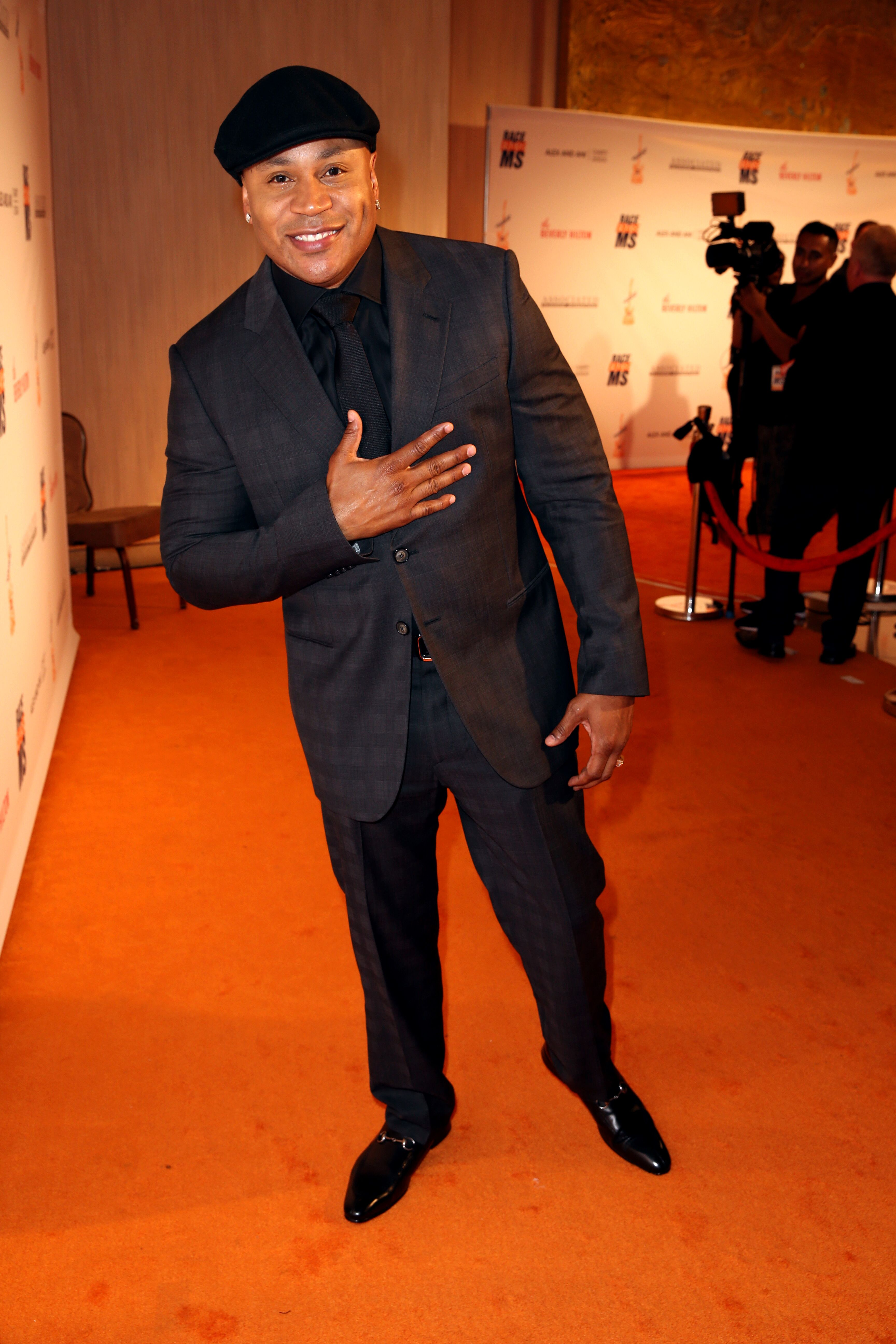 LL Cool J attends the 23rd Annual Race To Erase MS Gala at The Beverly Hilton Hotel on April 15, 2016 | Photo: Getty Images