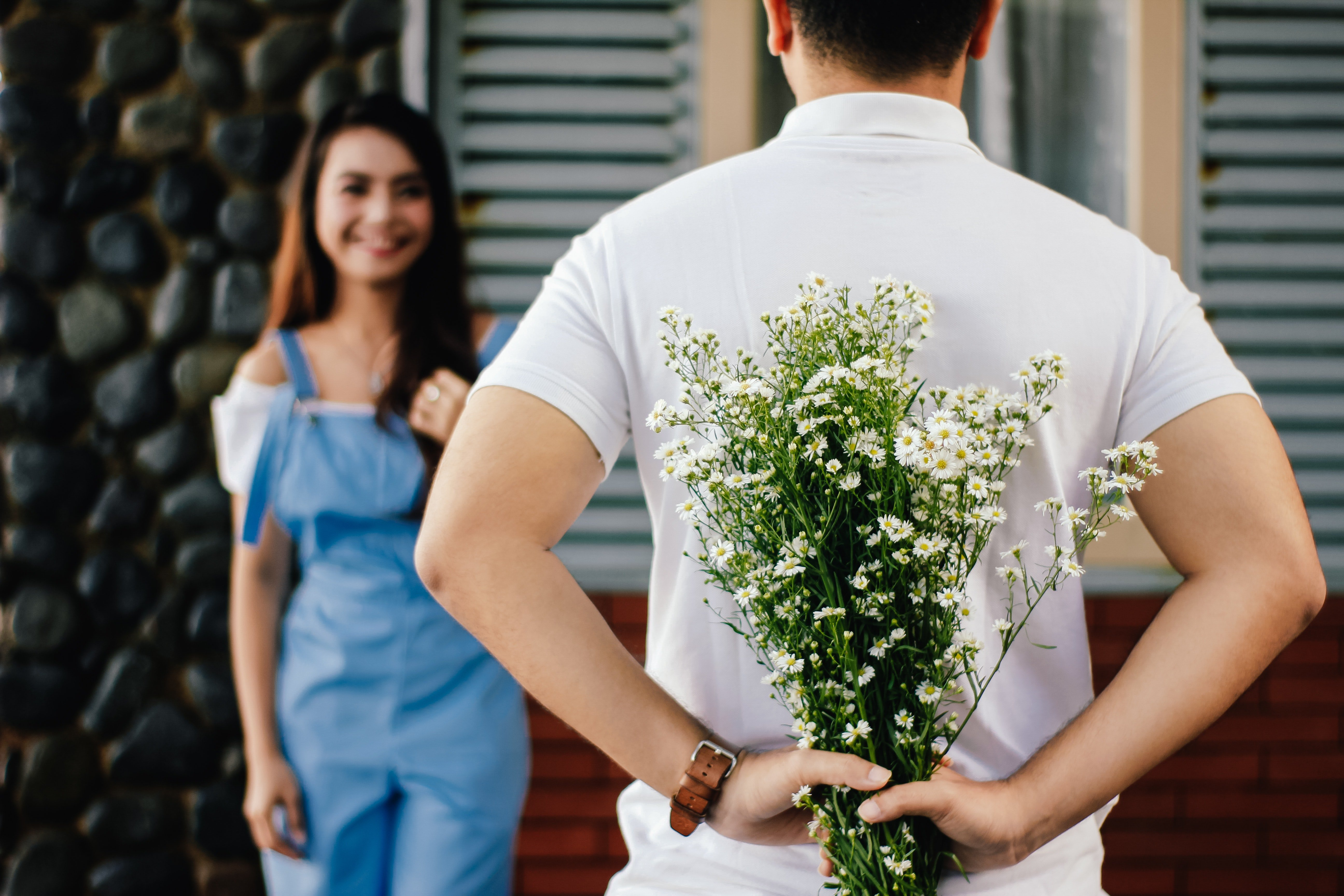 The man wanted to make his wife feel special on her birthday.   Photo: Pexels