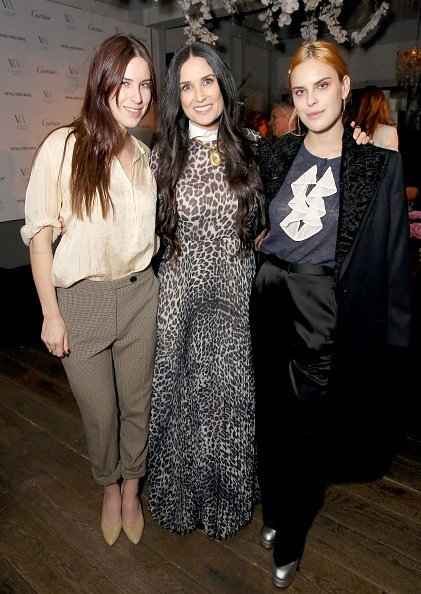 Demi Moore and daughters Scout laRue Willis and Tallulah Willis attend Visionary Women's  in celebration of International Women's Day. | Photo: Getty Images