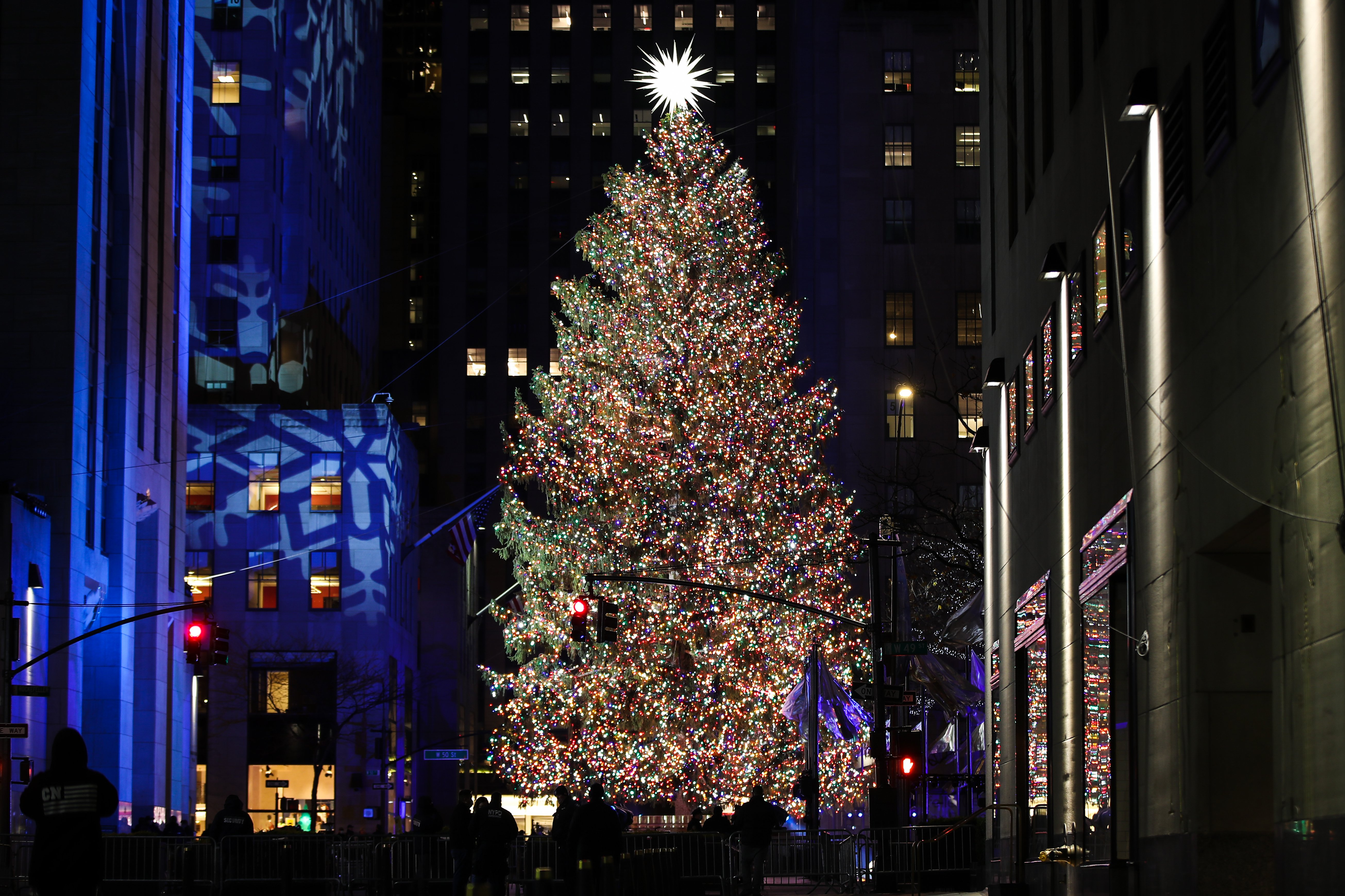 A view of the Rockefeller Center Christmas Tree during the 88th Annual Rockefeller Center Christmas Tree Lighting Ceremony in New York City, United States on December 2, 2020. | Source: Getty Images.
