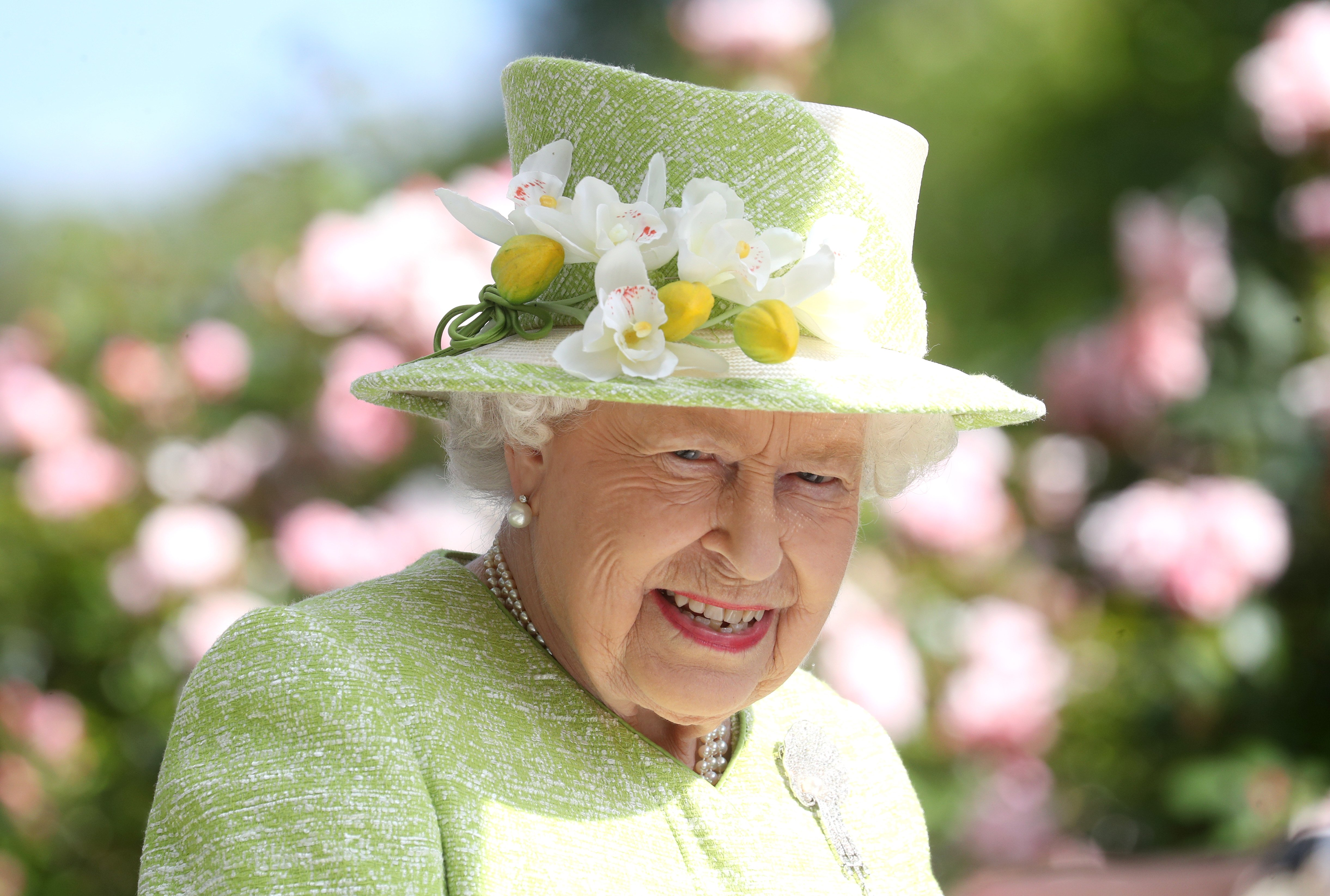 Queen Elizabeth attends day five of Royal Ascot at Ascot Racecourse on June 22, 2019 in Ascot, England | Photo: Getty Images