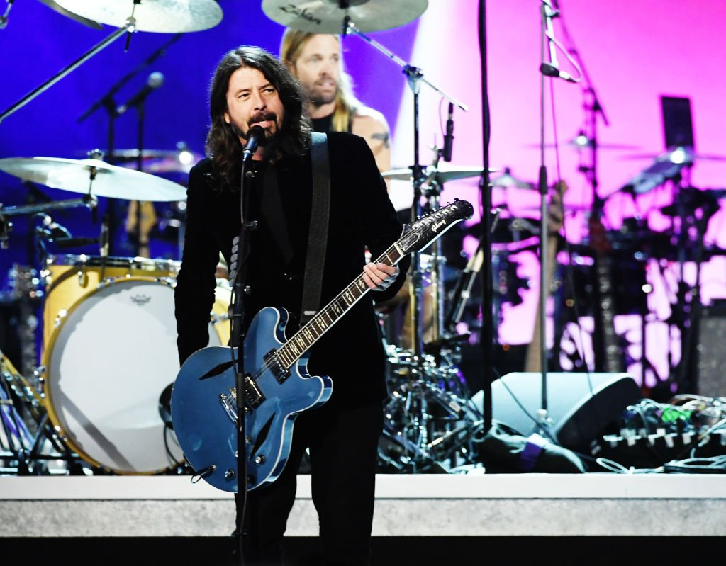 """Dave Grohl of Foo Fighters performs onstage at the 62nd Annual GRAMMY Awards """"Let's Go Crazy"""" The GRAMMY Salute To Prince on January 28, 2020   Photo: Getty Images"""