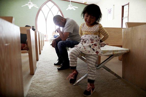 Padre e hija juntos│Imagen tomada de: Getty Images