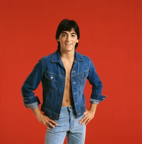 Scott Baio poses for a photoshoot. | Source: Getty Images