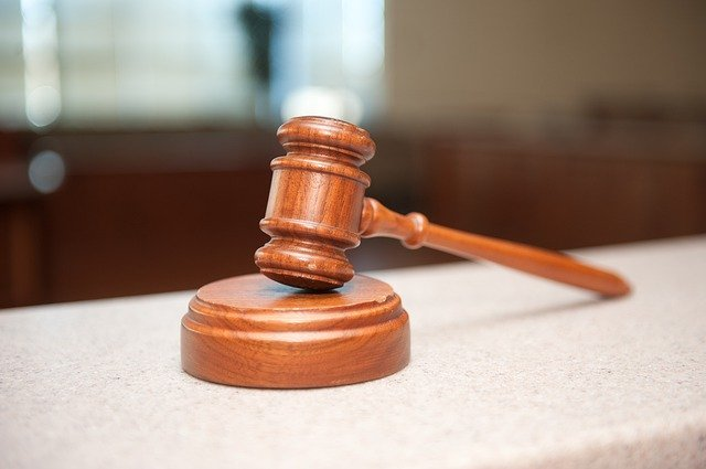 A judge's gavel in a court of law    Photo: Pixabay.