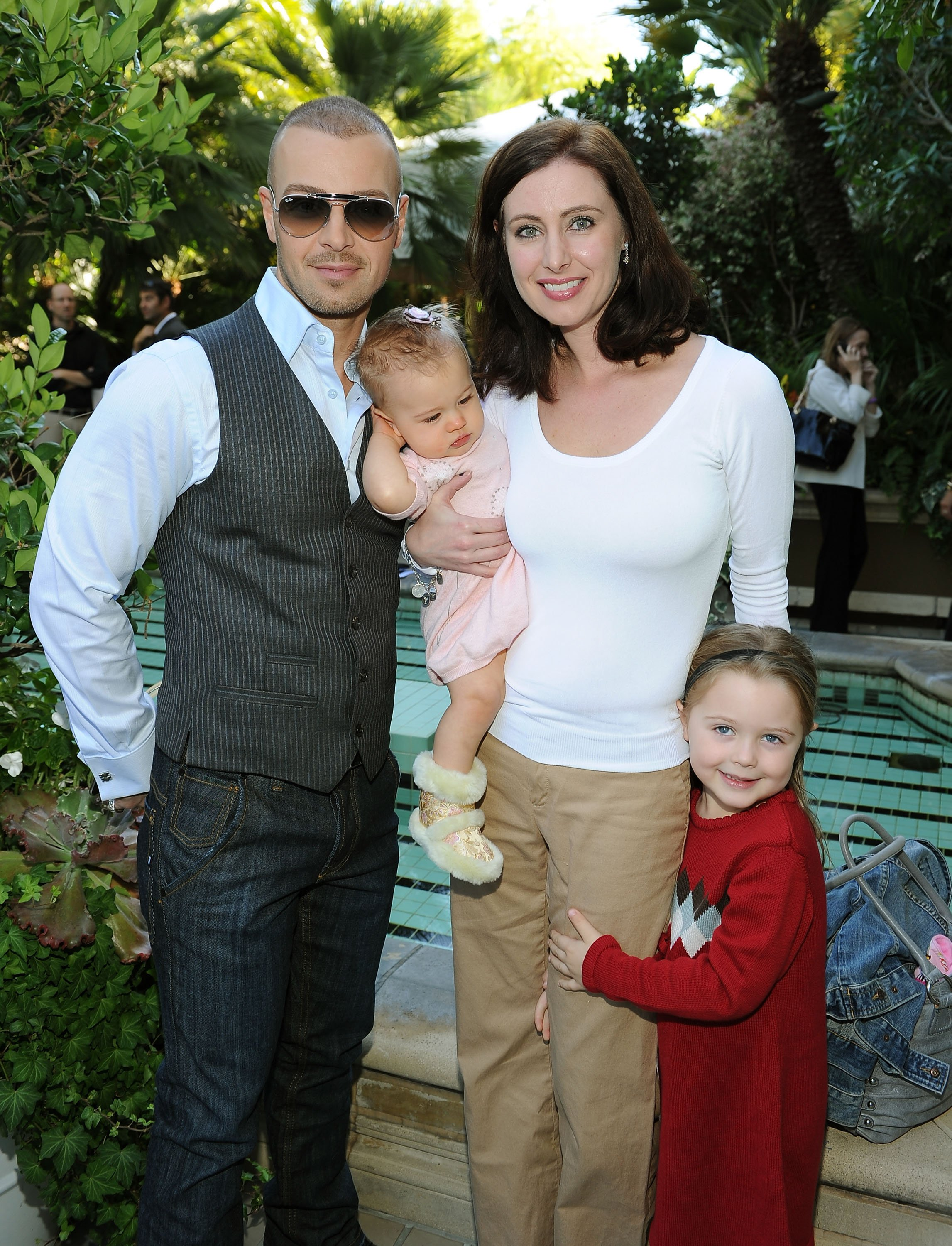 Joey Lawrence, daughter Liberty Grace, wife Chandie Yawn-Nelson and daughter Charli attend the 5th Annual Celebration of Babies Luncheon held at the Four Season Hotel Beverly Hills on November 13, 2010 | Photo: GettyImages