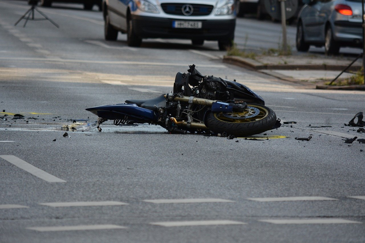 Un moto accidenté | Photo : Pixabay