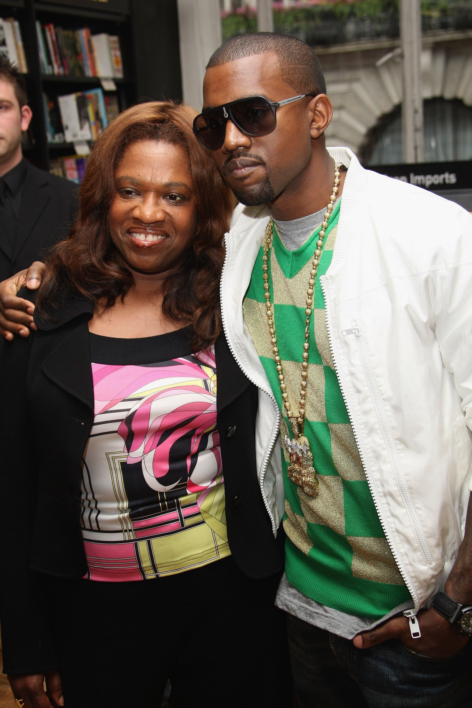 Kanye West poses with his mother Donda prior to signing copies of 'Raising Kanye: Life Lessons From The Mother Of A Hip-Hop Superstar' at Waterstones on June 30, 2007, in London.| Source: Getty Images.