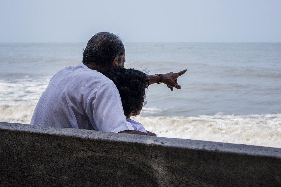 Aldana Rufino wants to spend time with her grandfather while he still can remember things. l Image: Pixabay.