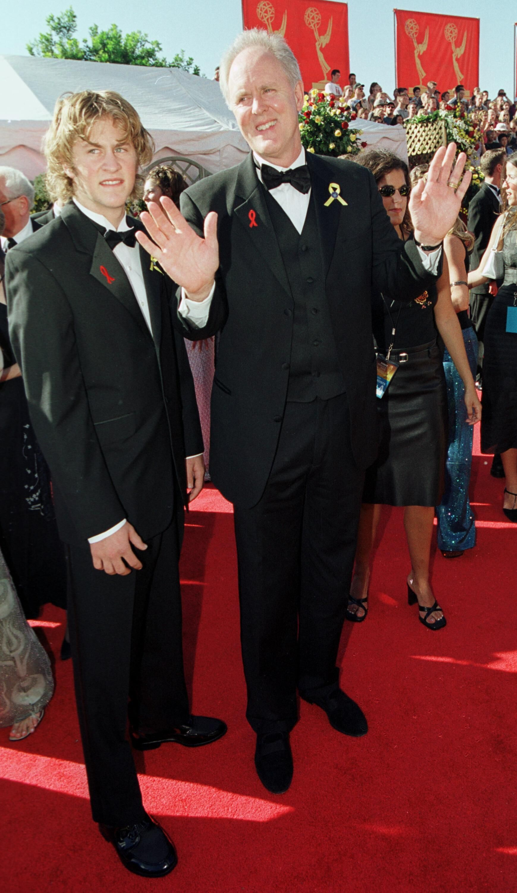 John Lithgow and his son arrive at the 52nd Annual Primetime Emmy Awards. | Source: Getty Images