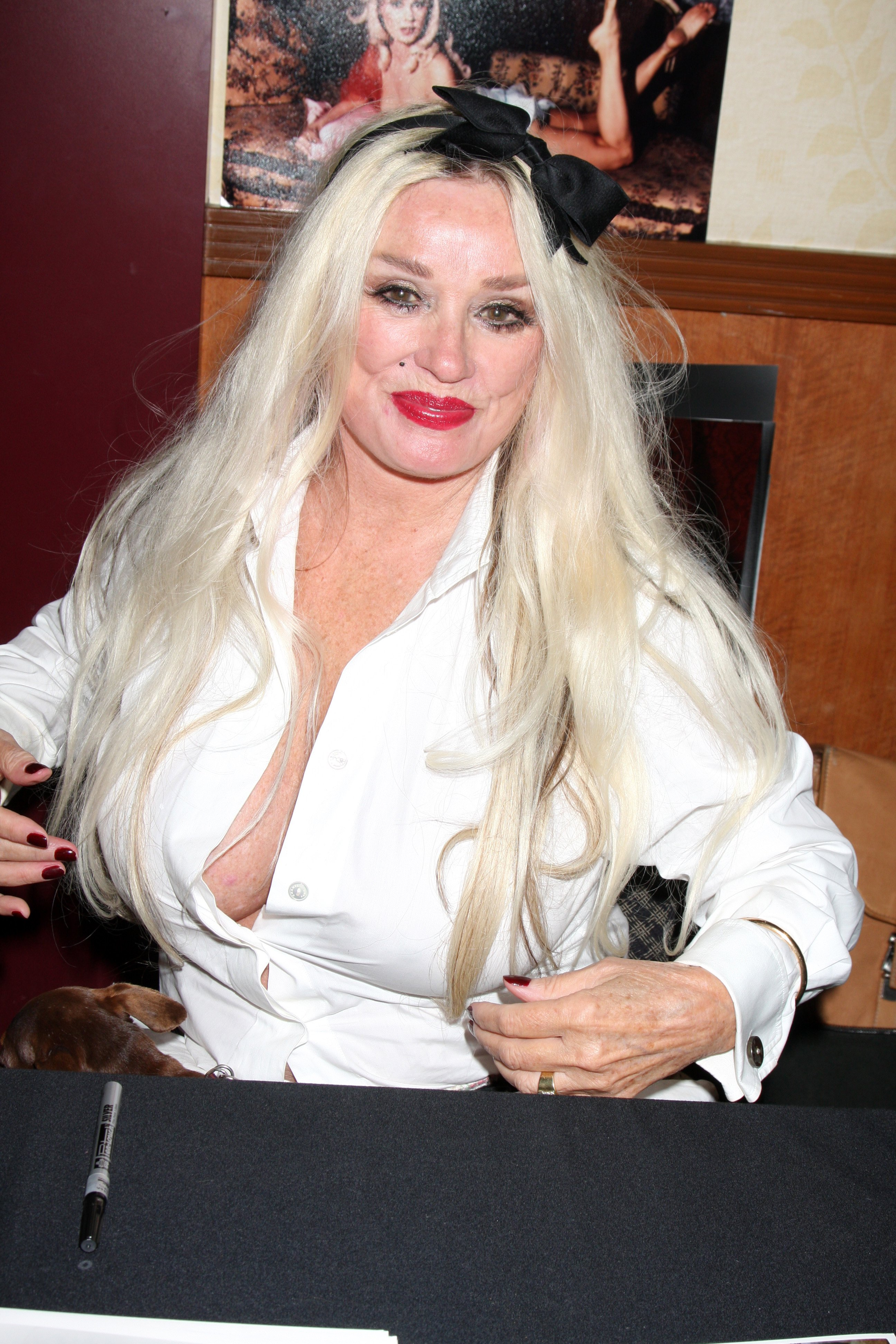 Mamie Van Doren at the Hollywood Show at Mariott Hotel on July24, 2010 in Burbank, CA | Photo: Shutterstock