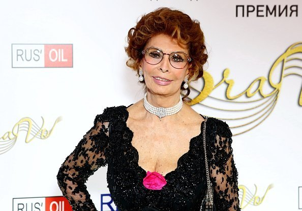 """Italian actress Sophia Loren attends the BraVo international professional musical awards at """"Europeisky"""" halll in Moscow, Russia 