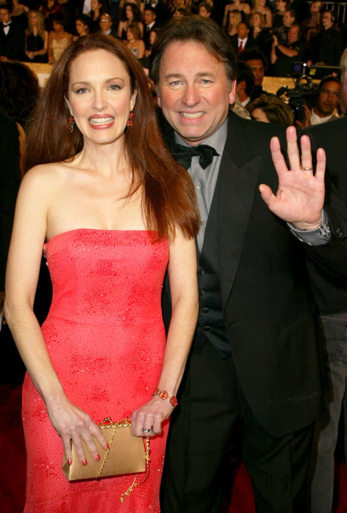 Amy Yasbeck and John Ritter at the 29th Annual People's Choice Awards | Photo: Getty Images