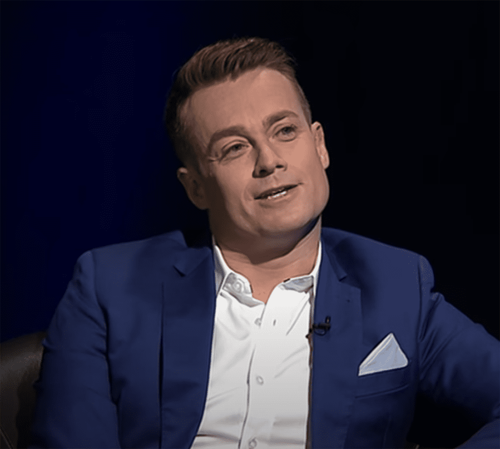 "Grant Denyer sitting for a ""Hard Chat"" on ""The Weekly"" in March 2017. I Image: YouTube/ The Weekly."