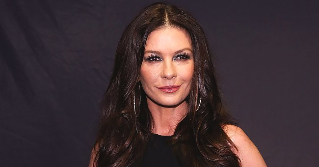 Catherine Zeta-Jones Shares Throwback Pic of Her Pregnant Self after Oscar Win for 'Chicago' & Fans Love It