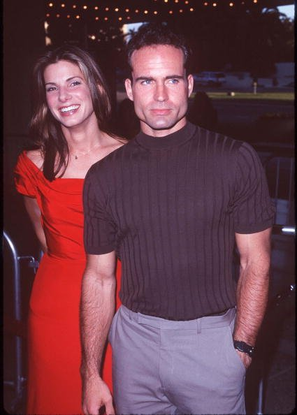 """Sandra Bullock & Jason Patric during """"Speed 2: Cruise Control"""" Los Angeles Premiere at Cineplex Odeon Century Plaza Cinema in Century City, California, United States. 