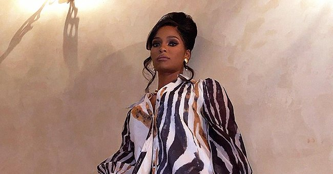 Joseline Hernandez Proves She's a Fashion Icon Showing Curves in Leopard-Print Tights & Blouse