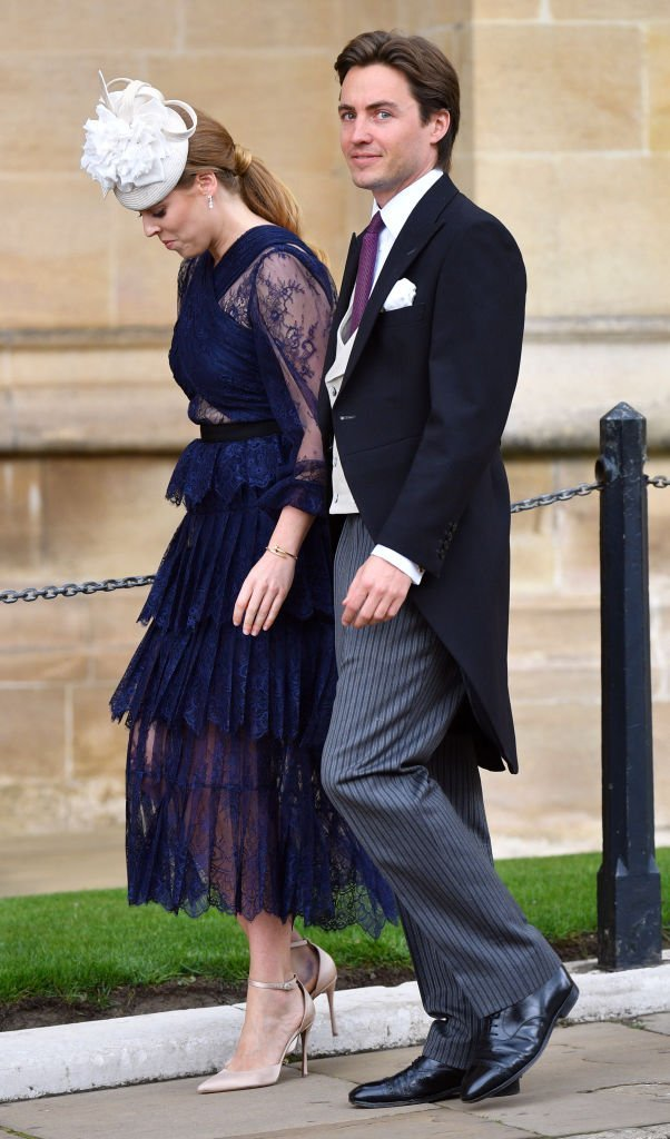Prinzessin Beatrice und Edoardo Mapelli Mozzi nehmen an der Hochzeit von Lady Gabriella Windsor und Thomas Kingston in der St. George's Chapel teil | Quelle: Getty Images