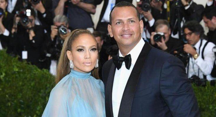 Jennifer Lopez and Alex Rodriguez at Netflix premiere/ Source: Getty Images