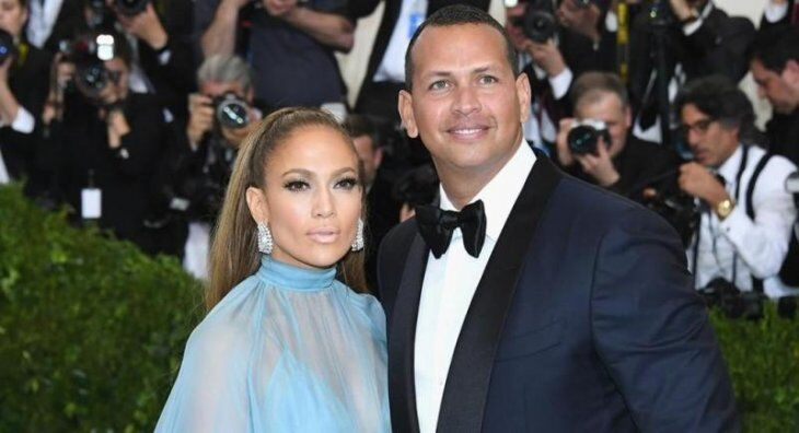 Jennifer Lopez and Alex Rodriguez at Netflix premiere/ Source: Getty Images