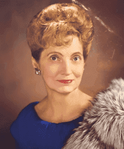 Portrait picture of Mary Anne Trump, late mother of the President of the United States of America, Donald Trump. . | Source: YouTube/A&E