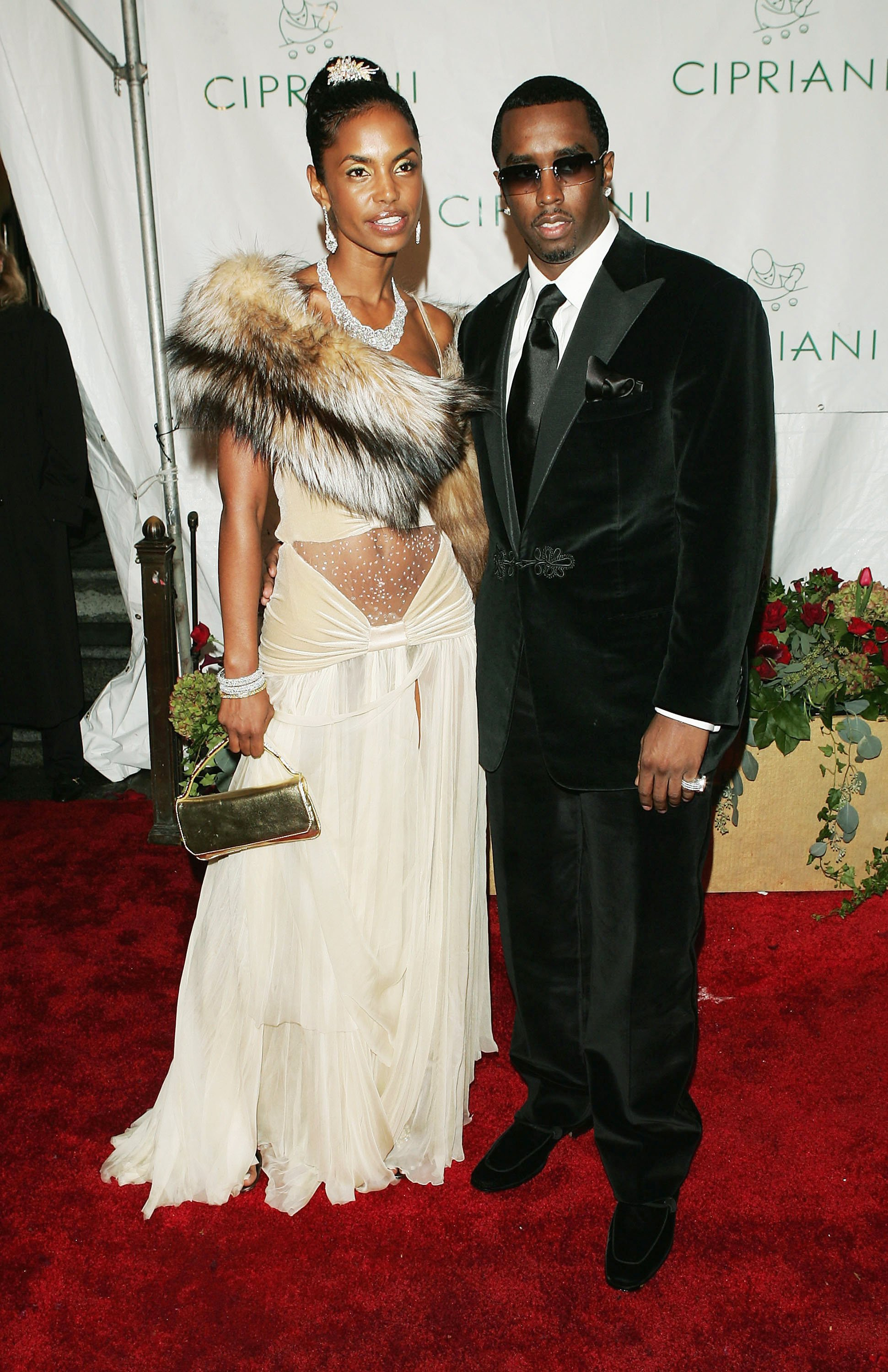 """Sean """"Diddy"""" Combs & Kim Porter at his 35th Birthday Celebration on Nov. 4 2004 in New York City 