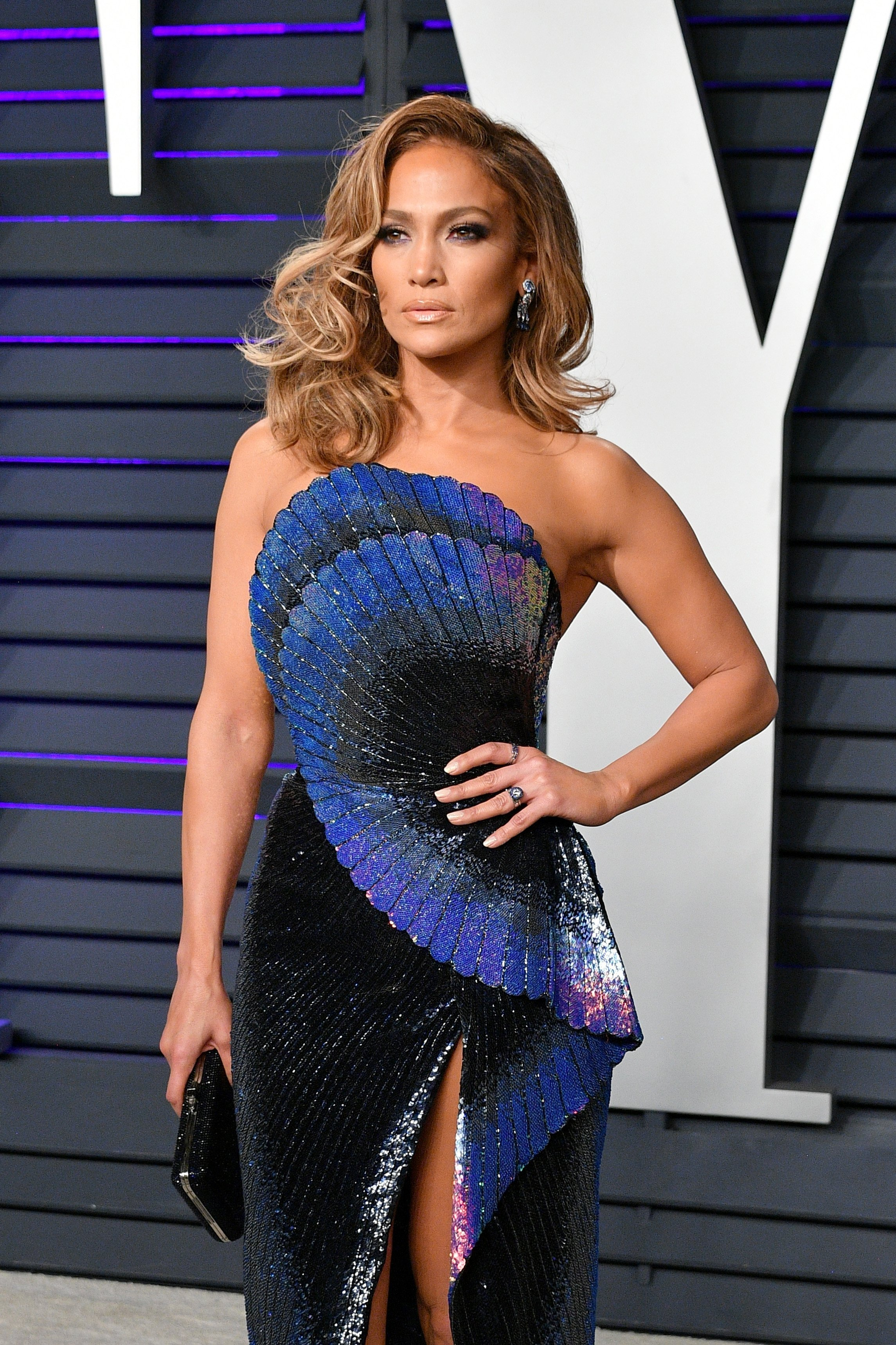 Jennifer Lopez at the 2019 Vanity Fair Oscars party | Photo: Getty Images