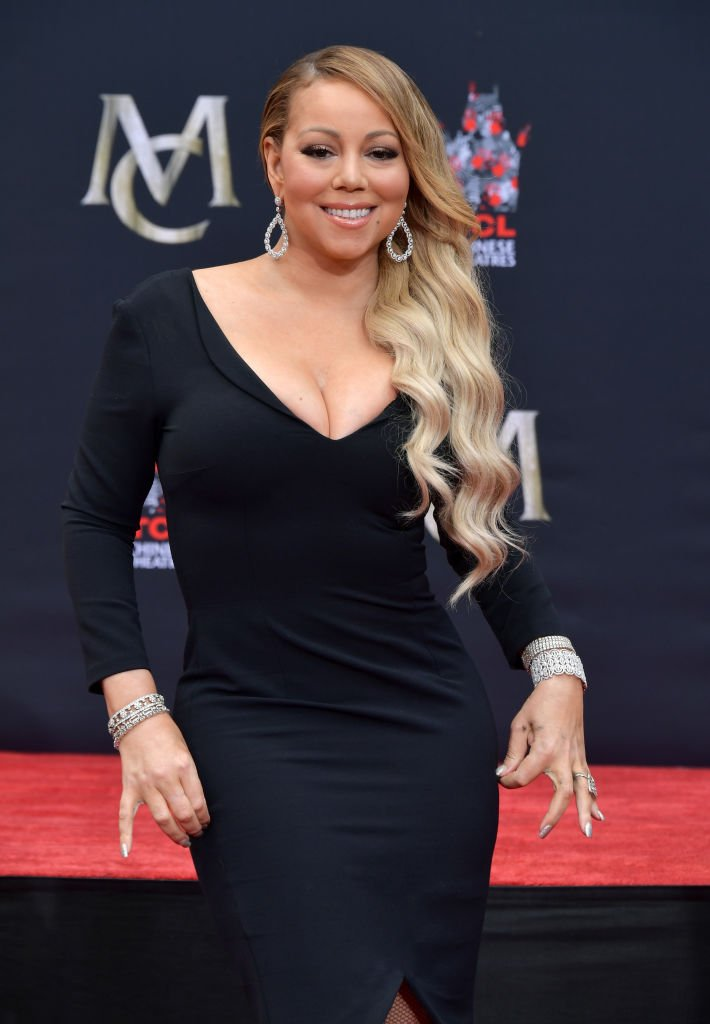 Mariah Carey is honored with a Hand and Footprint Ceremony on Nov. 1, 2017 in California | Photo: Getty Images