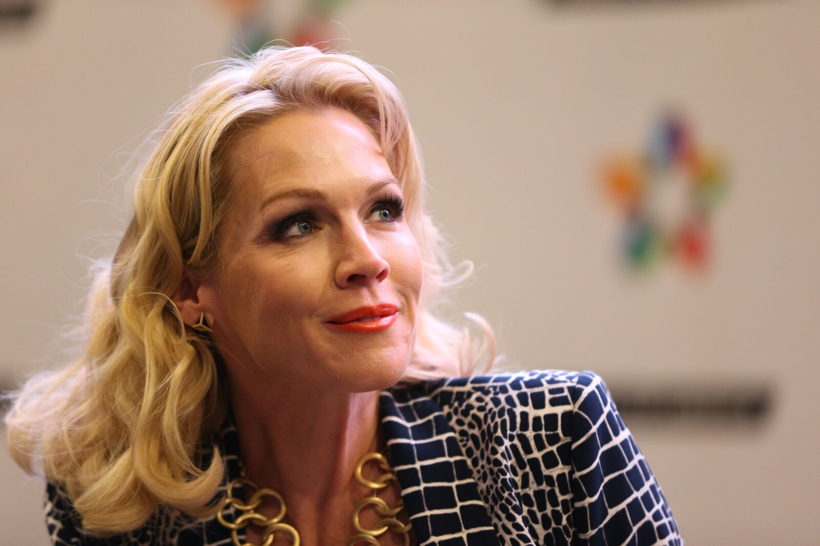 """ctress Jennie Garth signs copies of her book """"Deep Thoughts from a Hollywood Blonde"""" at Mall of America on March 7, 2014 in Bloomington, Minnesota 