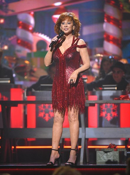 Reba McEntire performs during the 2018 CMA Country Christmas at Curb Event Center on September 27, 2018, in Nashville, Tennessee. | Source: Getty Images.
