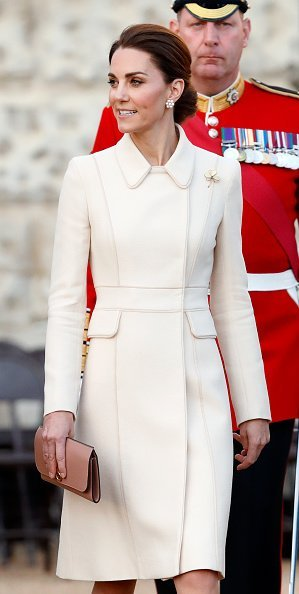 Katherine, Duchess of Cambridge at the Horse Guards Parade in England. |Photo: Getty Images.