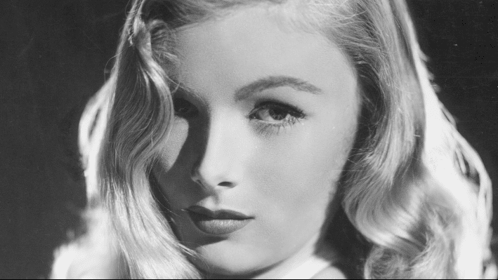 Promotional photo of Veronica Lake | Photo: YouTube/Sussex Daily News Ver.2