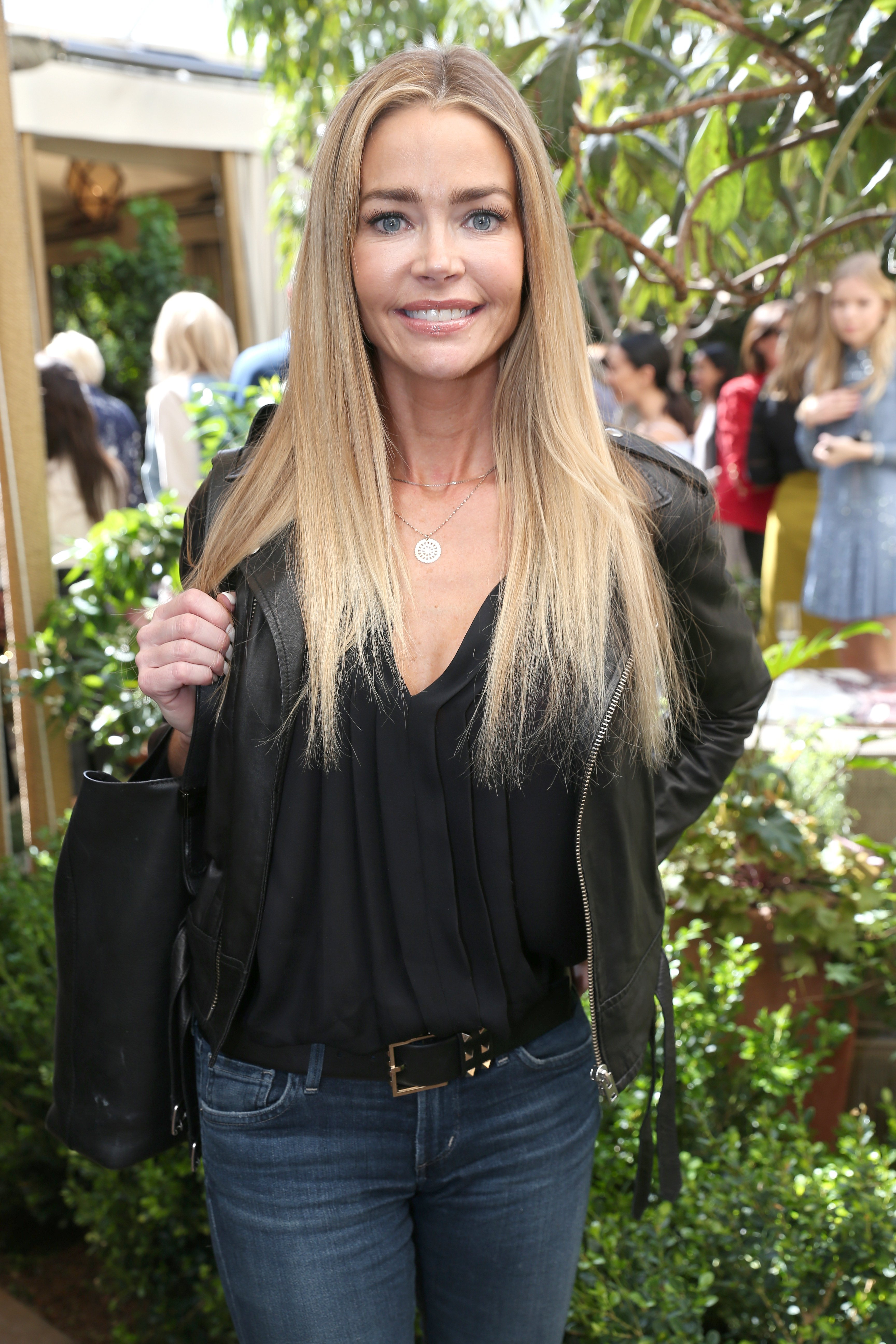 Denise Richards during the Net-A-Porter lunch on February 24, 2017, in Los Angeles, California. | Source: Getty Images