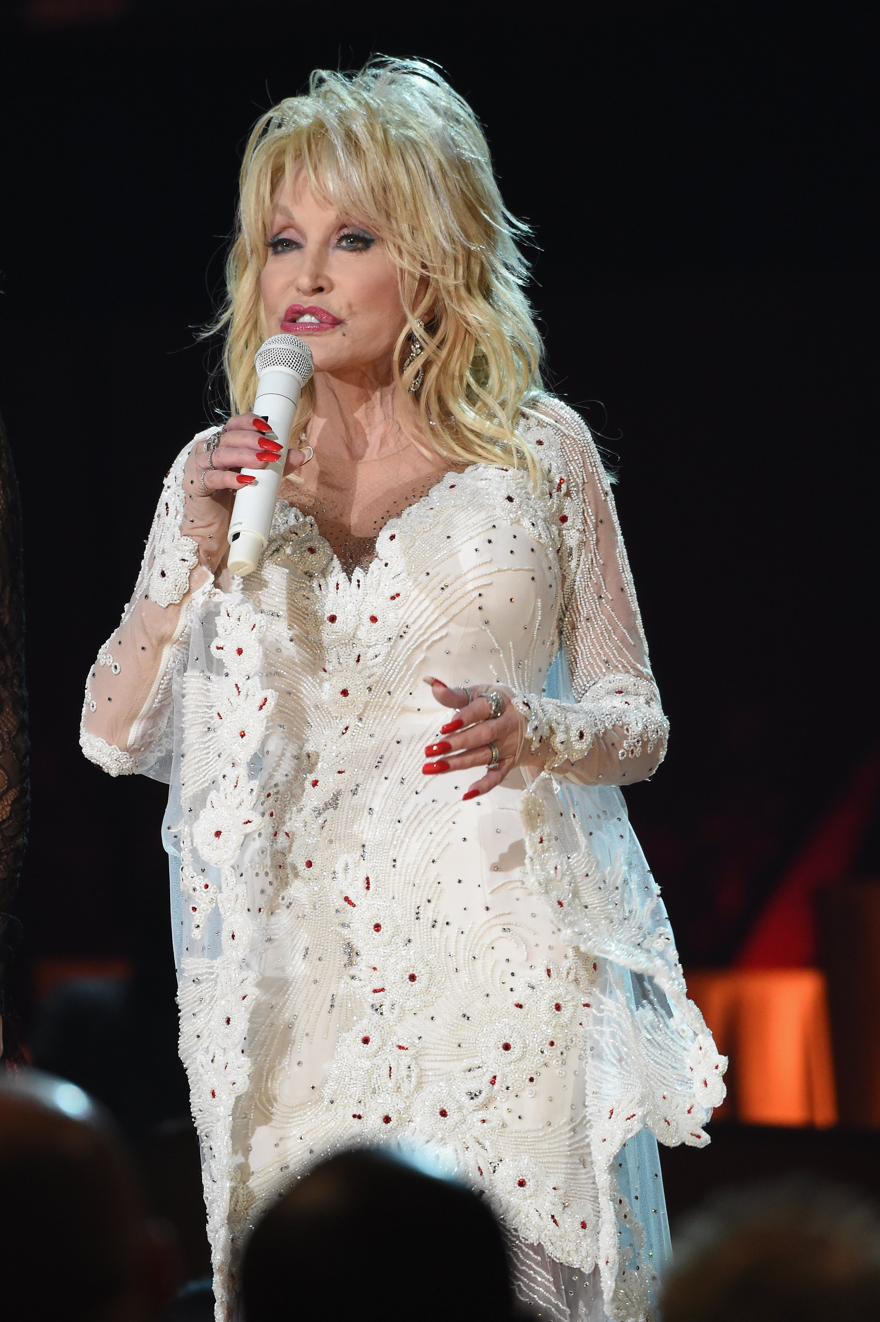 Dolly Parton performs onstage during the 61st Annual GRAMMY Awards at Staples Center on February 10, 2019. | Photo: GettyImages