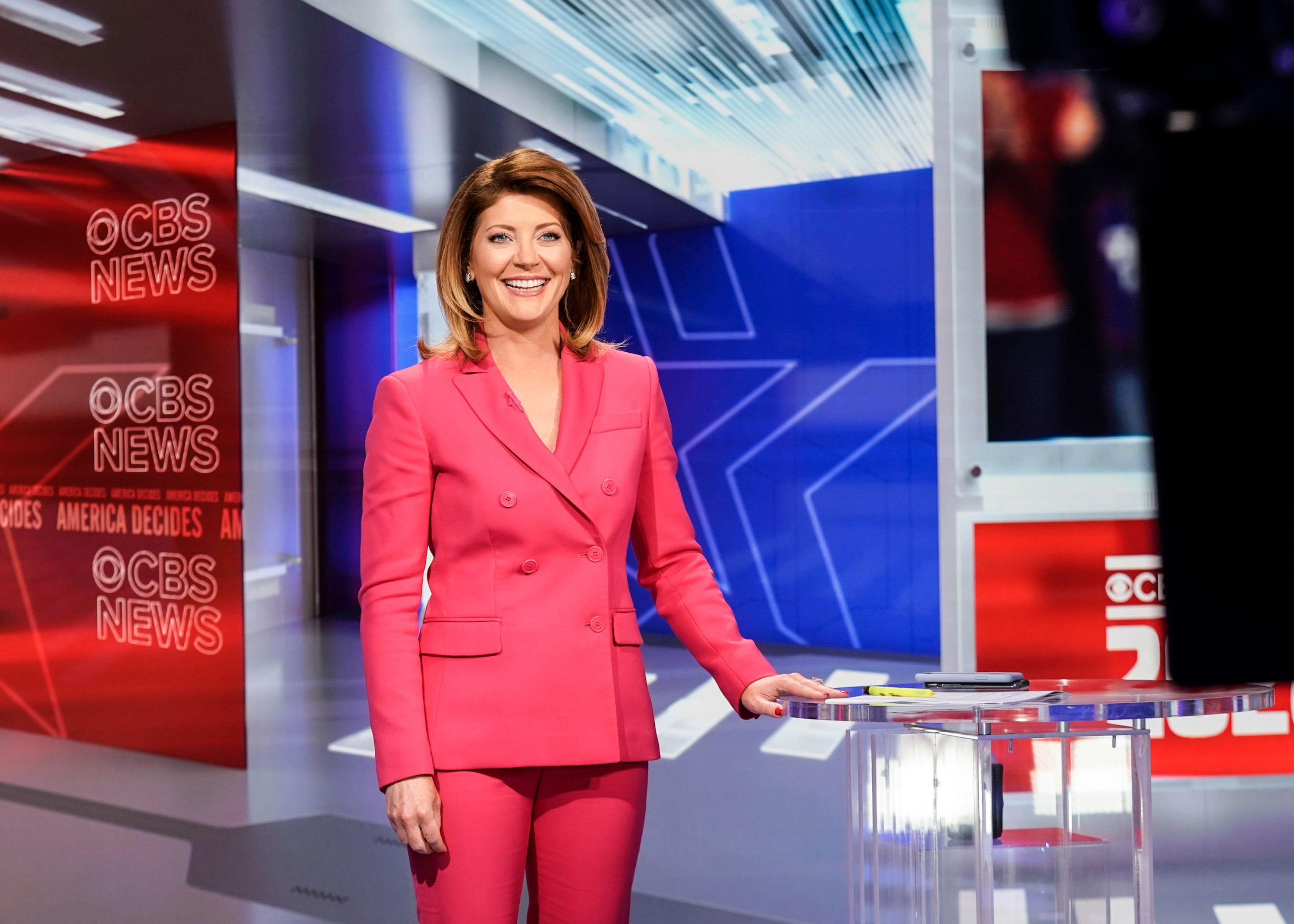 Norah O'Donnell broadcasts Live from CBS Bureau in Washington DC on August 27, 2020 | Photo: Getty Images