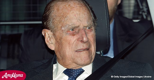 Prince Philip caught driving without a seat belt 48 hours after near-fatal crash