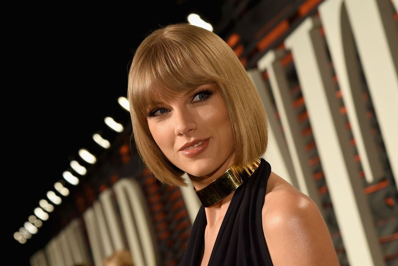 Taylor Swift at the 2016 Vanity Fair Oscars Party in Beverly Hills, California on February 28 | Photo: Getty Images
