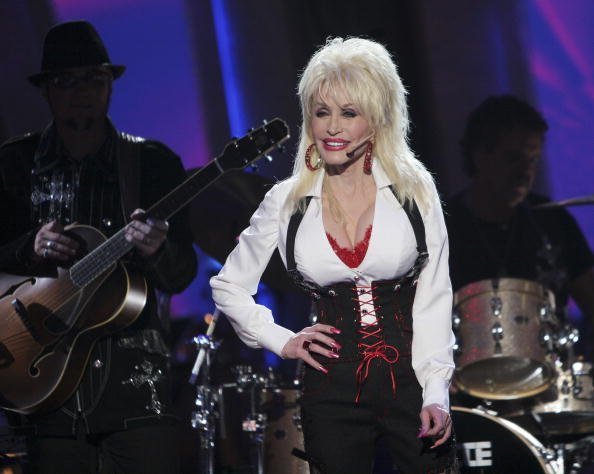 "Dolly Paton on set of  ""Dancing with the Stars the Results Show"" 