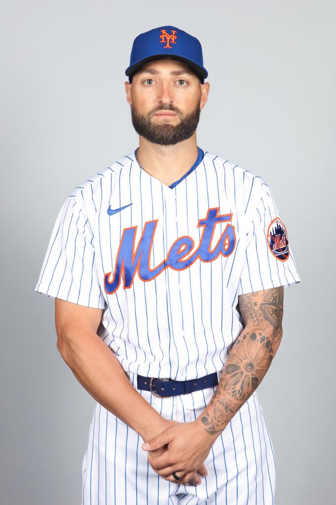 Kevin Pillar #11 of the New York Mets poses during Photo Day on Thursday, February 25, 2021   Photo: Getty Images