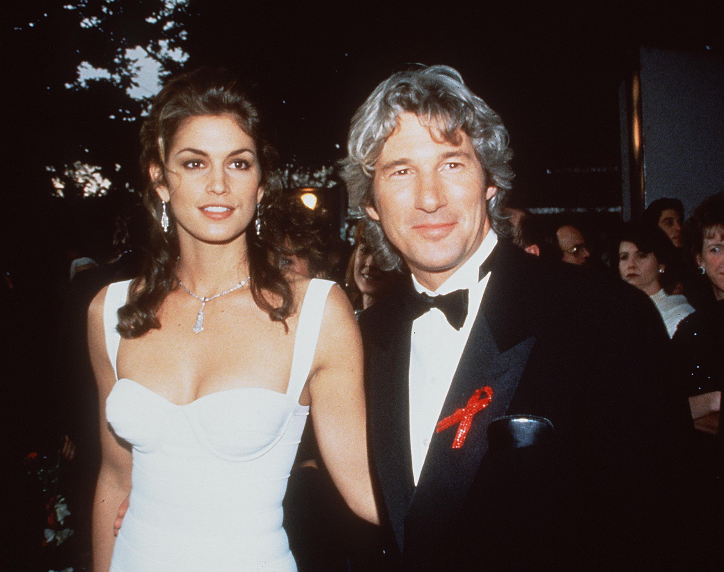 Richard Gere and Cindy Crawford in 1993. | Source: Getty Images.