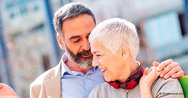Marido cree que su esposa se está quedando sorda
