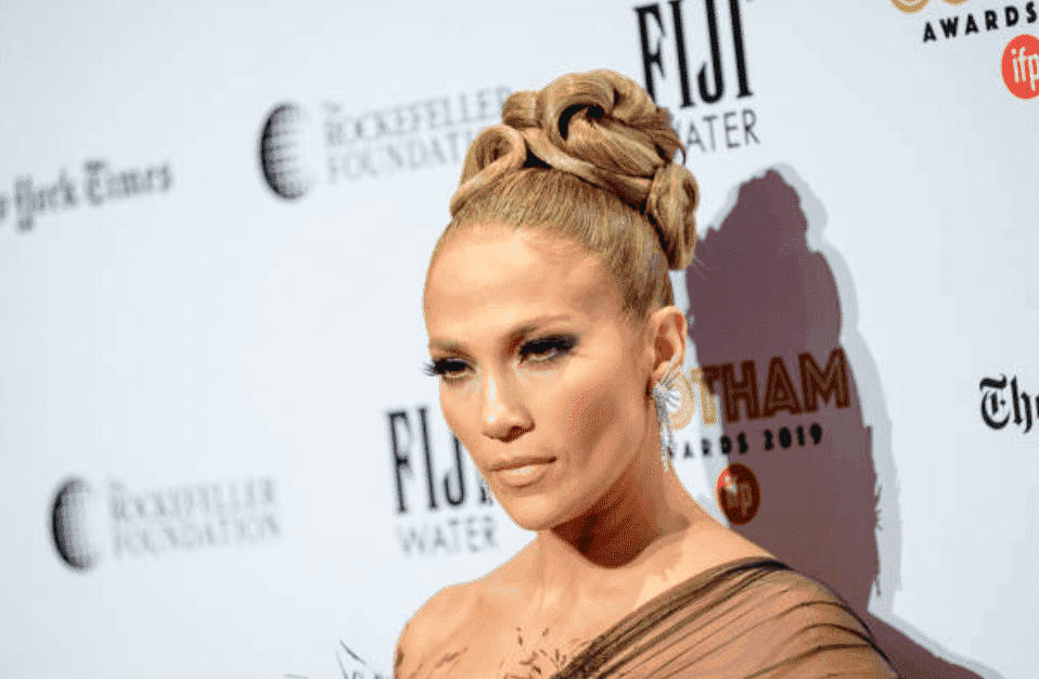 Jennifer Lopez poses on the red carpet at the 2019 IFP Gotham Awards, on December 02, 2019 in New York City | Source: Getty Images (Photo by Roy Rochlin/WireImage)