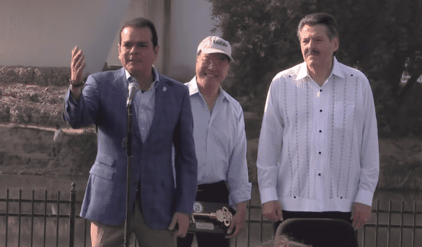 Yo-Yo Ma with Enrique Rivas, Mayor of Nuevo Laredo, and Pete Saenz, Mayor of Laredo, in Laredo, Texas | Photo: Texas Public Radio