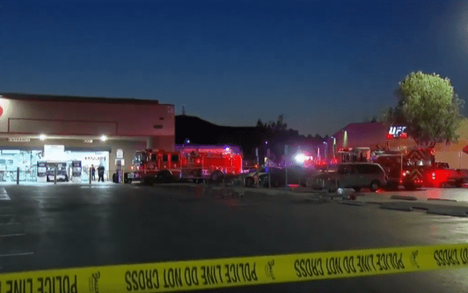 Emergency services at the scene | Photo: CBS Los Angeles