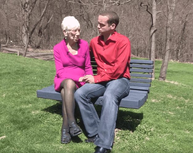 Kyle und Marge | Quelle: Facebook / Extreme Love