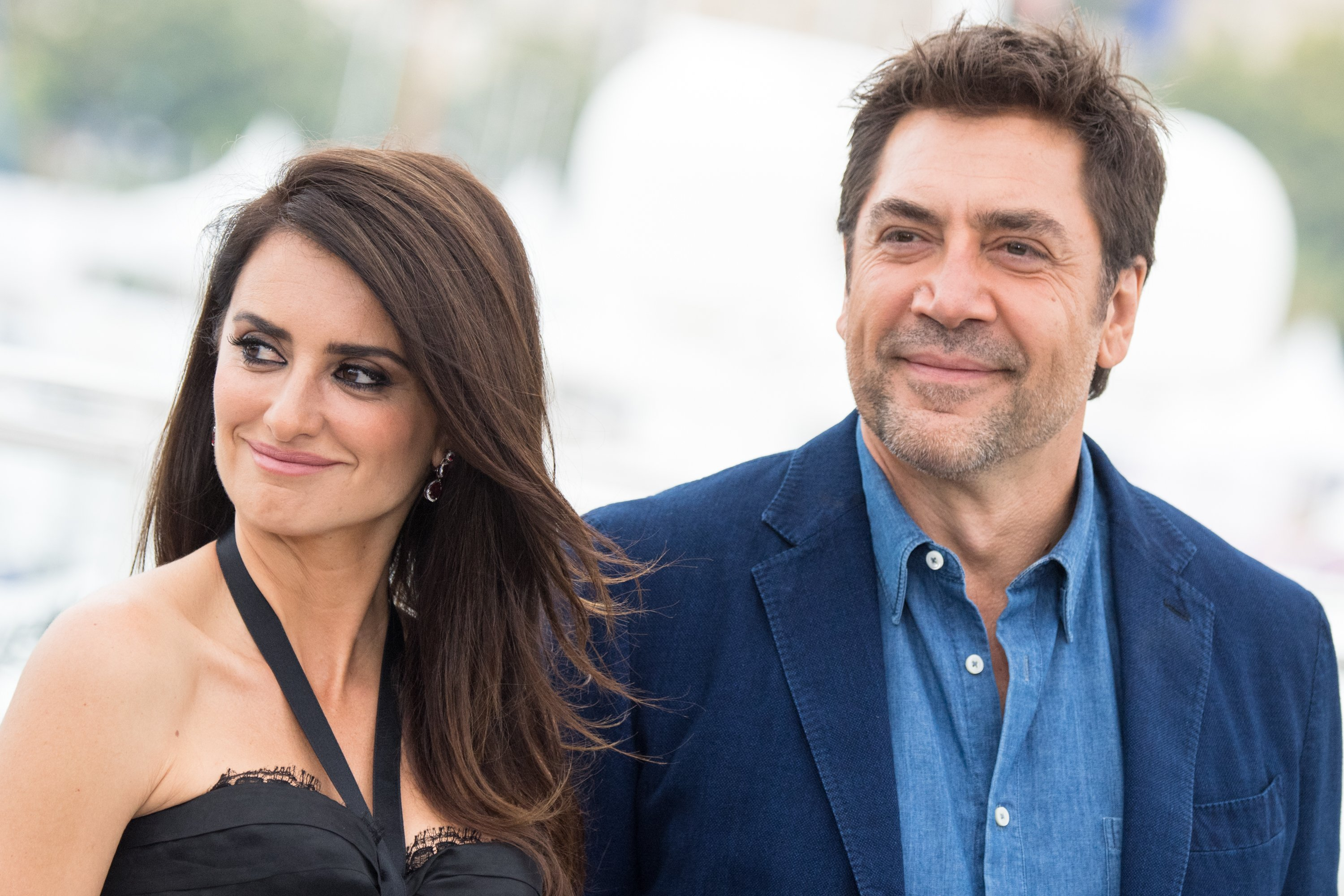 """Penelope Cruz and Javier Bardem attend a photocool for """"Everybody Knows"""" at the Cannes Film Festival in France on May 9, 2018 