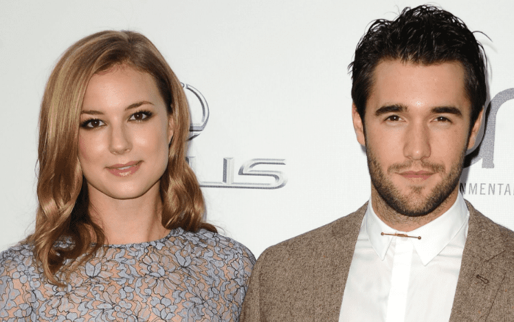 Canadian actress Emily VanCamp and husband English actor Josh Bowman attend the 2014 Environmental Media Awards at Warner Bros. Studios on October 18, 2014 in Burbank, California | Photo: Getty Images