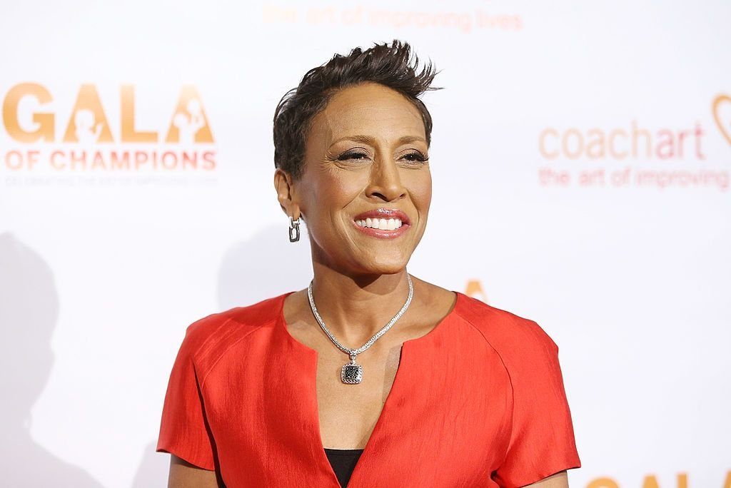 Robin Roberts arrives at the CoachArt Gala of Champions held at The Beverly Hilton Hotel on October 17, 2013 in Beverly Hills, California | Photo: Getty Images