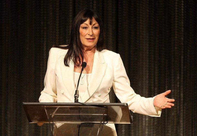 Anjelica Huston on Februray 17, 2009 in Beverly Hills, California | Photo: Getty Images