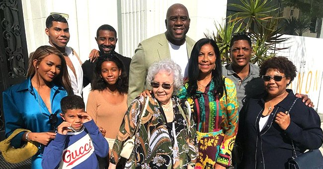 Magic Johnson, All His Kids & Grandkids Pose with His Wife Cookie in Joint Mother's Day Photos
